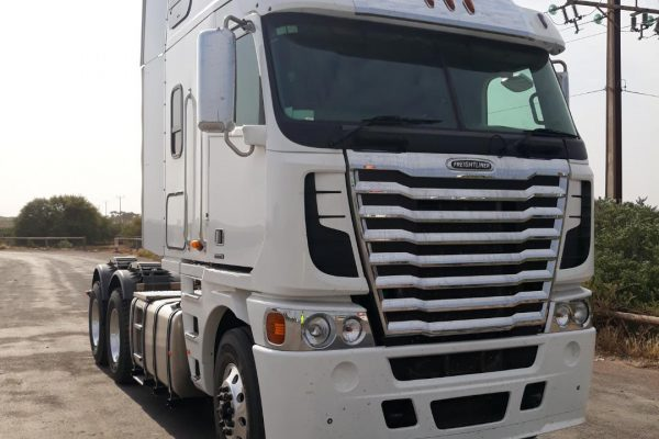 White Truck Relocation to Toowomba